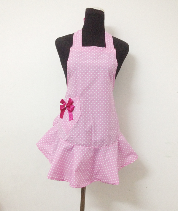 2015 new arrive 100% cotton pink color fashion Beautiful lady's cooking&cleaning bib apron free of shipping(China (Mainland))