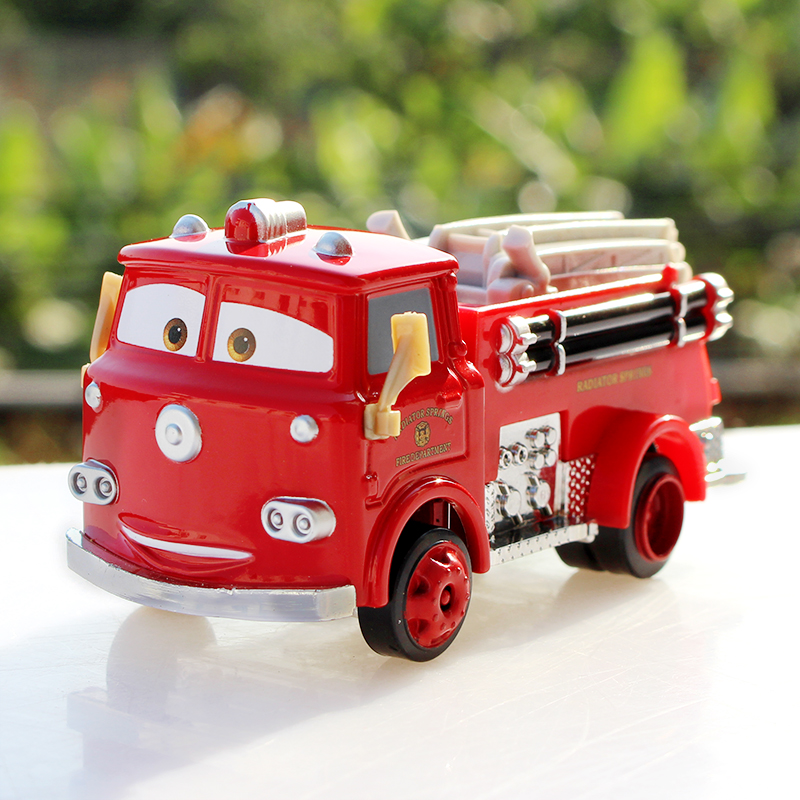 Free Shipping Pixar Cars 2 Red Fire truck Deluxe Fire Truck Metal Toy Car Loose Diecast 1:55 for Kids Children(China (Mainland))