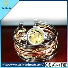 Moda mujeres relojes pulsera de oro Multi anillo Ladies relojes de pulsera de cuarzo brazalete relojes