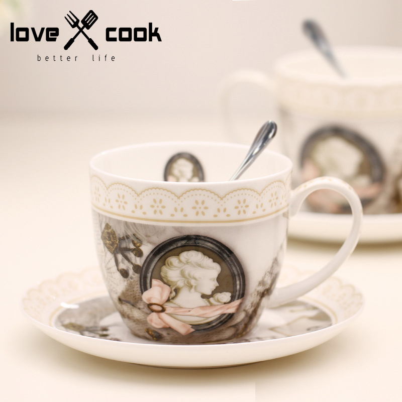 36% Bone China Coffee Cup Set Saucer + Cup + Spoon Retro Olive Cup Afternoon Tea Cup European Style Coffee Set Tea Set Drinkware(China (Mainland))