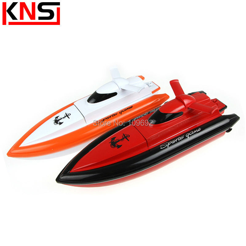 Original RC Speedboot RC Speed Boat 800 High Speed 2.4G 4CH Speedboat Racing RC Boats Electric Model Remote Control Toy VS FT009(China (Mainland))