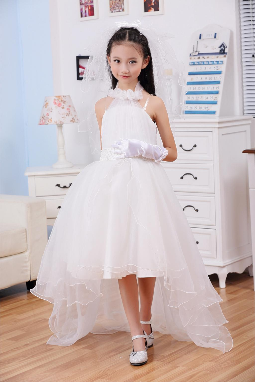 May 17,  · Re: Bridesmaid dresses for 12/13 year olds!! I bought my bridesmaids dresses from a shop that sell Dessy bridemaids dresses. Dessy itself do a range that have bridemaids dresses and junior bridemaid dresses.