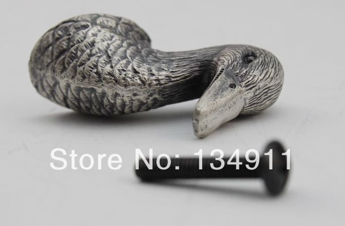 2pcs Duck Head Single Hole Stately Antique Bronze Knobs Children Donald Duck Kids Countryside Closet Handles <br><br>Aliexpress
