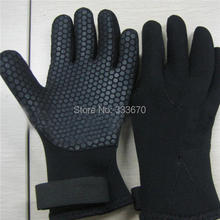 1 Pair 5mm Neoprene Scuba Diving Snorkeling Surfing Spearfishing Water Sport Warm Glove Black Size S M L Free Shipping(China (Mainland))