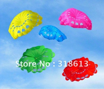 Free Shipping Wholesale new design 190*140cm flower umbrella kite with small villain
