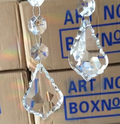 15pcs 50mm Fuchsia Color Crystal Diamond Hanging Prism Ball Suncatchers Maple Leaf Shape Crystal Drop For Chandelier<br><br>Aliexpress