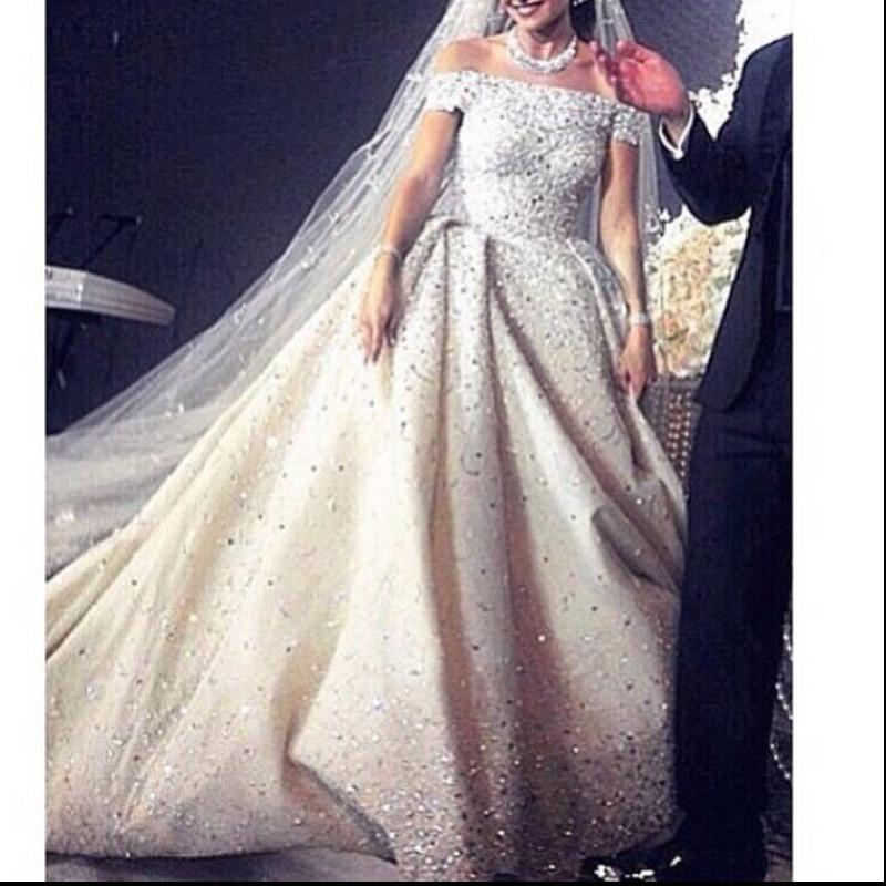 Glamorous Off the Shoulder Beaded Pearls Wedding Dresses 2016 Short Sleeve Bling Bling Bridal Wedding Dress Ball Gown(China (Mainland))