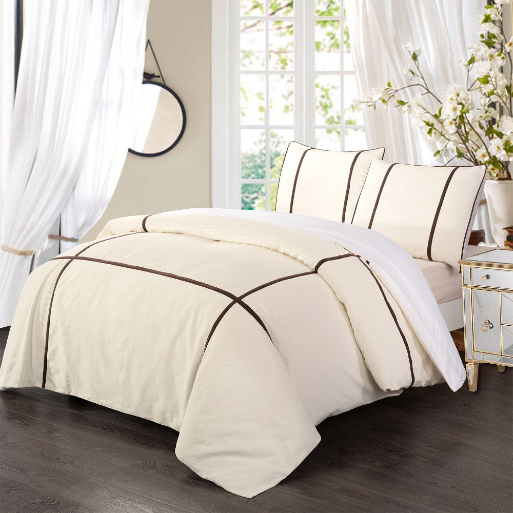 sizes: twin duvet set, king duvet set, full/queen Embody a peaceful retreat in your sleep space with the Under The Canopy Organic Cotton Duvet Cover Set. Made of organic cotton for sustainability and quality, this duvet cover set boasts a sensationally soft finish.