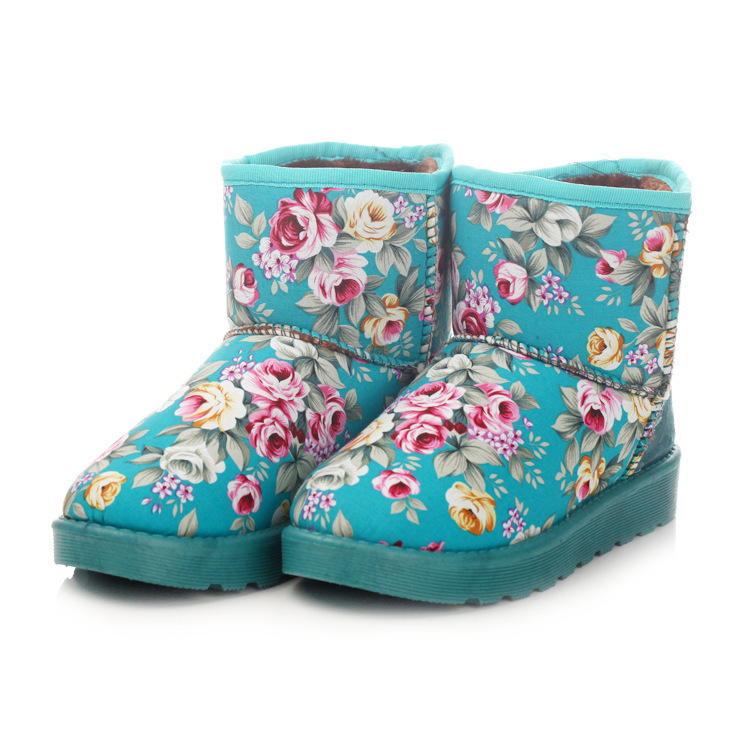 2015 new fashion winter snow boots print flowers women's warm ankle shoes winter heels platform boots(China (Mainland))