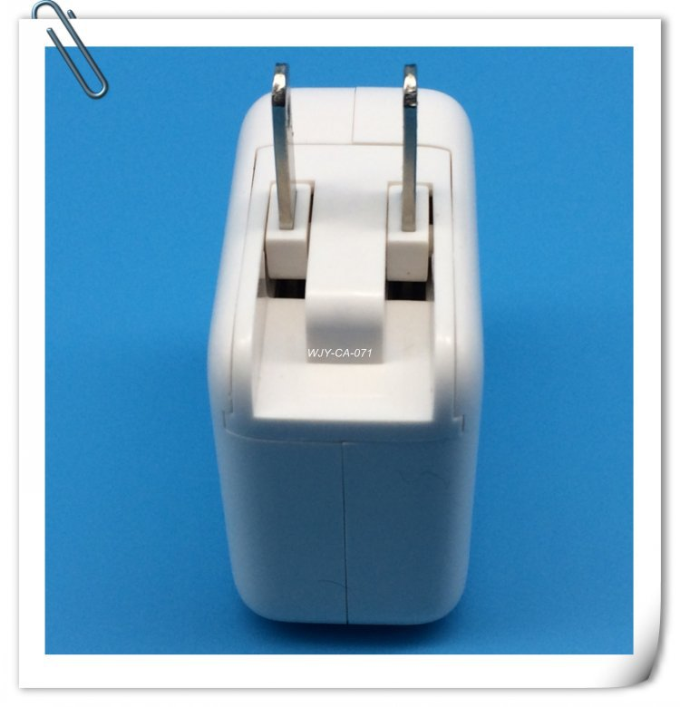 Miltifunctional 15W Two Port USB Power Adapter Output 5V 3A Two In One Wall Charger For Mobile Phone(China (Mainland))
