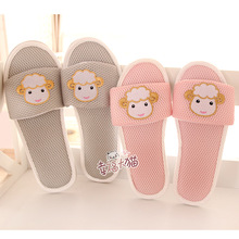 Cartoon Art Cute Cartoon padded mitts sheep home slippers couple drag the floor at home slipper shoes woman 2013 free shipping(China (Mainland))