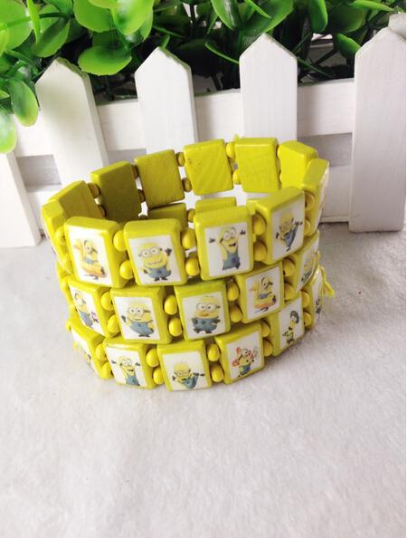 2015 hot wholesale cute Small yellow man square wood bracelets cartoon Minions bracelet bangles(China (Mainland))