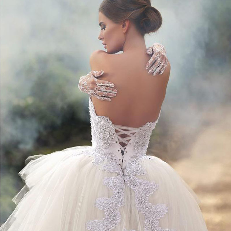 2015 Designer Strapless Appliqued Beaded Sleeveless Tiered Puffy Short Front Long Back Summer Wedding Dresses(China (Mainland))