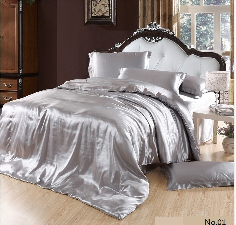 1 Lot U003d7pcs U003d 1 Quilt/duvet Cover + 1 Flat Bed Sheet + 1 Fitted + 4  Pillowcases. Without Comforter.