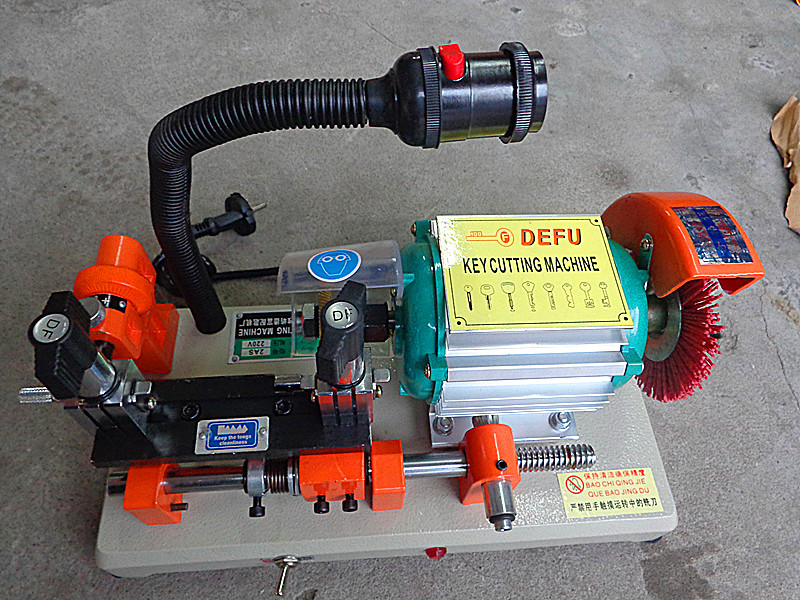 P051 DEFU DF-2AS Car key cutting machine.house key cutting machine.horizotal key cutter(China (Mainland))