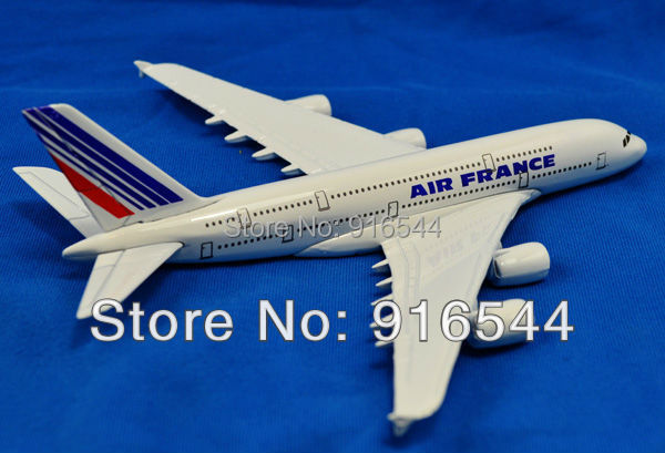2014 Real Brinquedos Meninos Scale Models 16cm A380 Air France Die Cast Metal Boeing Commercial Plane Model Length For Chirstmas(China (Mainland))