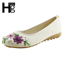 2016 New Women Flower Flats Slip On Cotton Fabric Casual Shoes Comfortable Round Toe Student Flat Shoes Woman Plus Size XWD3644(China (Mainland))