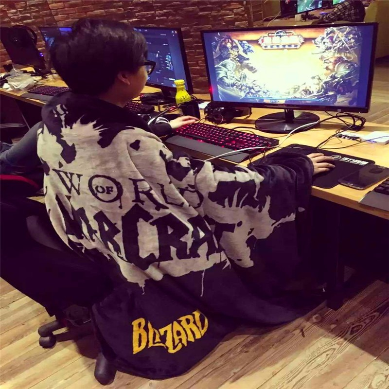 Famious Game Brand Tenth Anniversary Souvenir Blankets Coral Fleece Flannel Blanket Casual Memorial Blanket  Gift for Game Fans