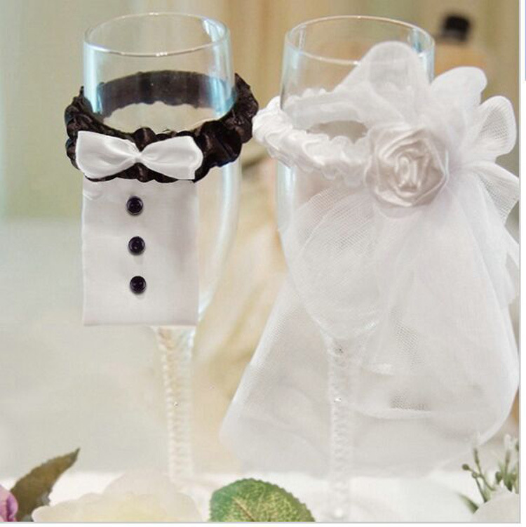 Wedding Decoration New Year Christmas Wedding Party Decoration A Couple of Bridegroom&Bride Type Wineglass Cover Free Shipping(China (Mainland))