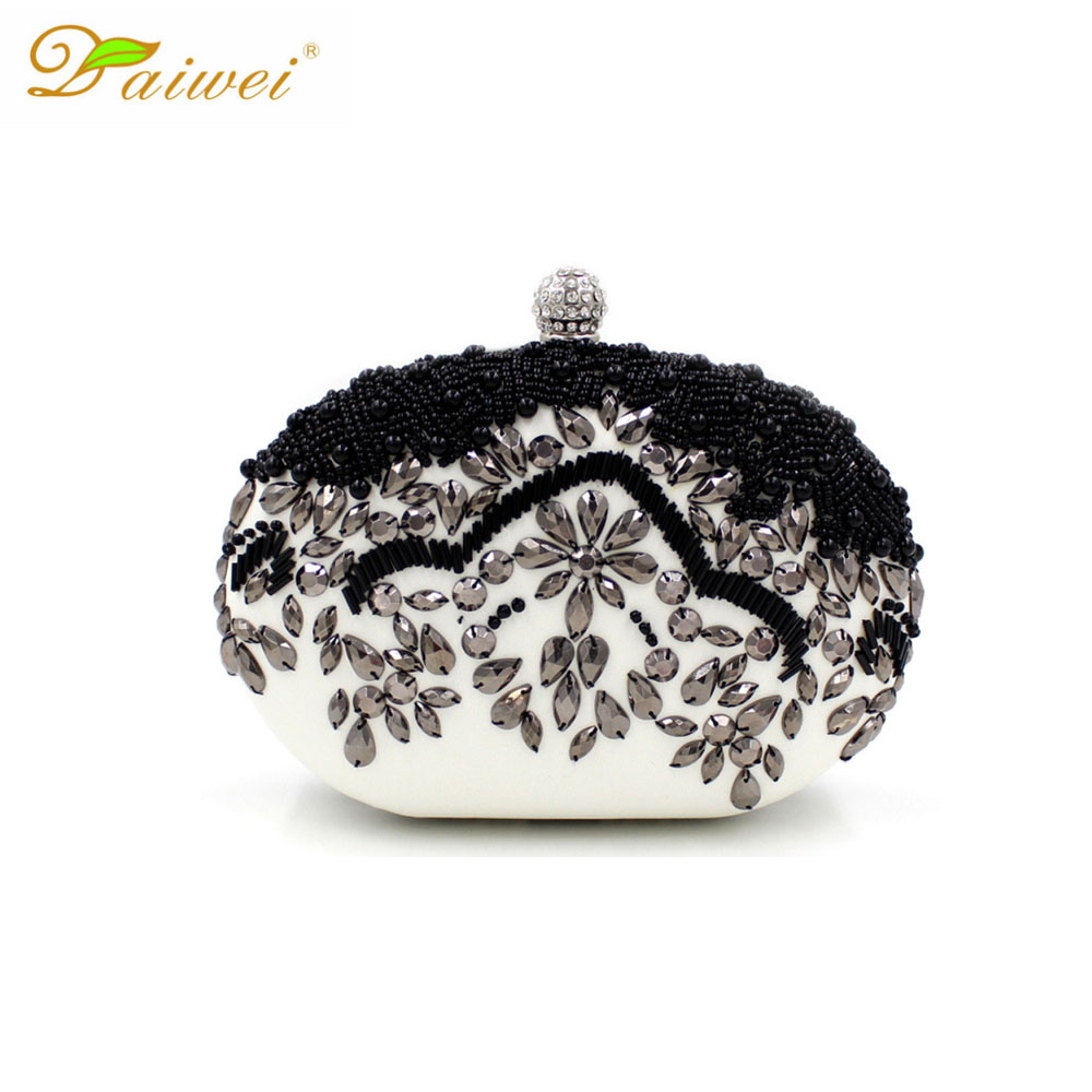handmade beaded <font><b>black</b></font> <font><b>and</b></font> <font><b>white</b></font> women evening bags elegant <font><b>clutches</b></font> <font><b>purse</b></font> fashion luxury heavy work hand bag lady wallet