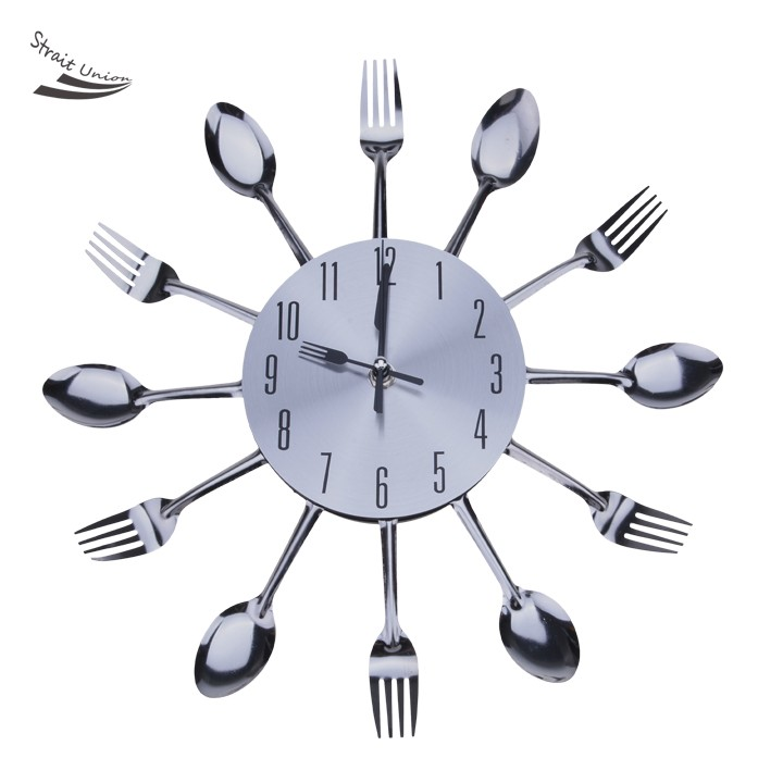 Modern Design Wall Clock Vintage Cutlery Spoon Fork Shape Kitchen Utensil Clock 30(China (Mainland))