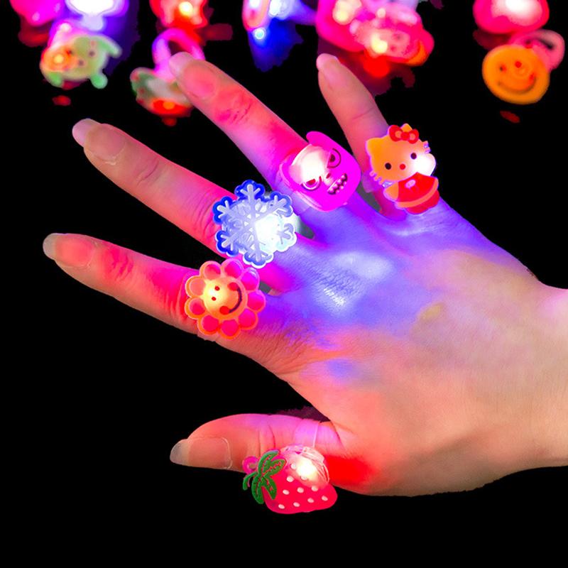 5pcs/lot Send Random Kids Toy Led Night Light Birthday Decoration Finger Ring Cartoon Animal Glow In The Dark Toys CY45(China (Mainland))