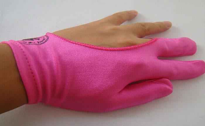Free Shipping Pink Lady Madam Billiard Gloves Left Hand 3 Fingers Glove Billiard gloves snooker gloves billiard accessories(China (Mainland))