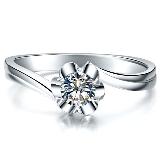 0.3Carat Classic Snowflake Ring For Women Engagement Ring Fine Jewelry Sterling silver White Gold Finish Wedding Ring(China (Mainland))