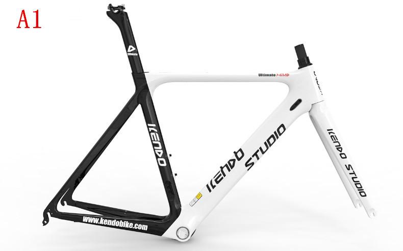 自転車の 自転車 サイズ 54 : フレームの炭素繊維の自転車 ...