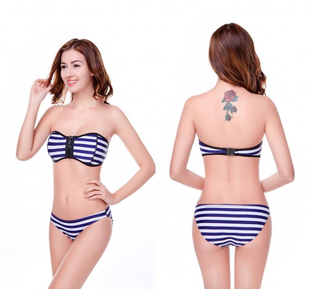 Фото женщин на пляже в бикини и без 28 фотография