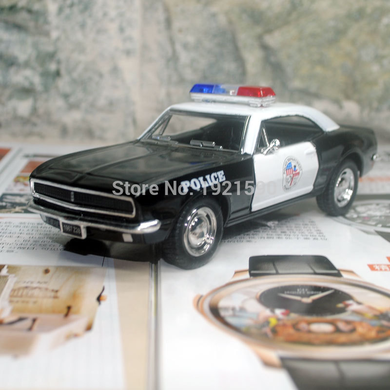 Brand New KINGSMART 1/37 Scale USA 1967 Chevrolet Camaro Z-28 Police Version Diecast Metal Pull Back Car Model Toy For Gift(China (Mainland))