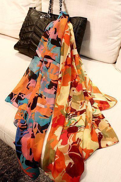 Бесплатная доставка сексуальные женщины шелковый шарф печать с затемняемые цвет каретки обертывания бесплатная доставка 160 * 50 см