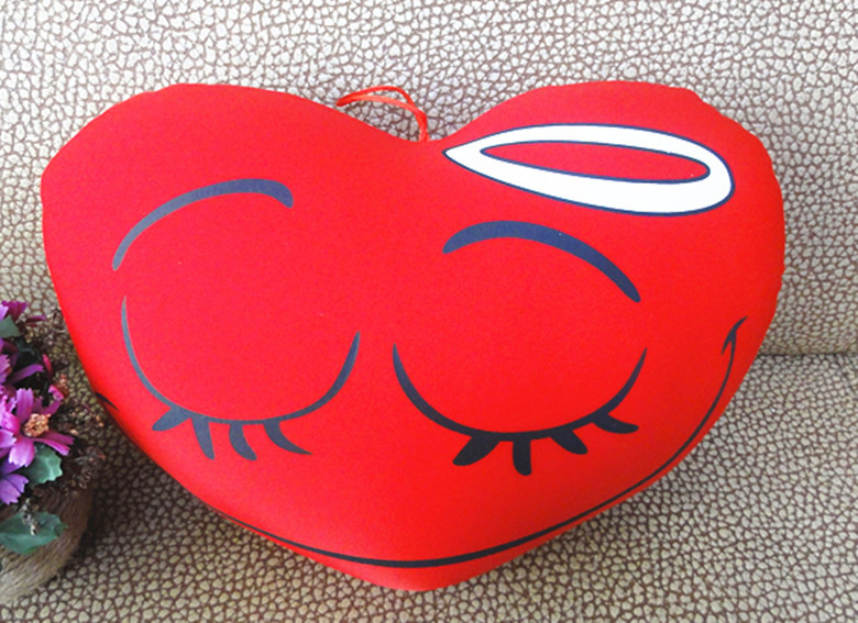 free shipping face heart pillow. relax pillow with polyfoam filling. face expression pillow.decoration pillow for home.2pcs/lot(China (Mainland))