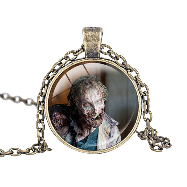 The Walking Dead Necklace Fear The Living Pendant with Bronze Charms