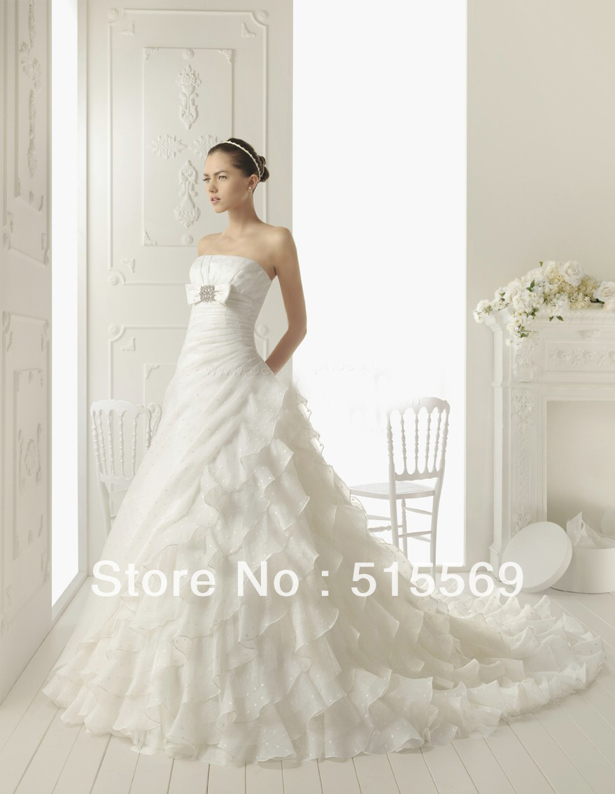 Attractive simple elegant formal bridal dresses gowns a for Strapless wedding dresses with long trains