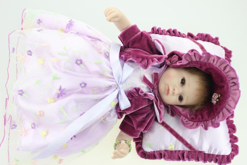 18 Silicone vinyl Reborn baby dolls very soft sleeping girl doll handmade lifelike fashionable boneca reborn baby gift <br><br>Aliexpress