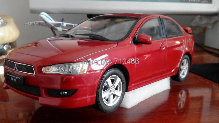 Rare! Alloy Model Car 1:18 2009 Red Mitsubishi Lancer EX Toys One Piece Only Out of Press(China (Mainland))