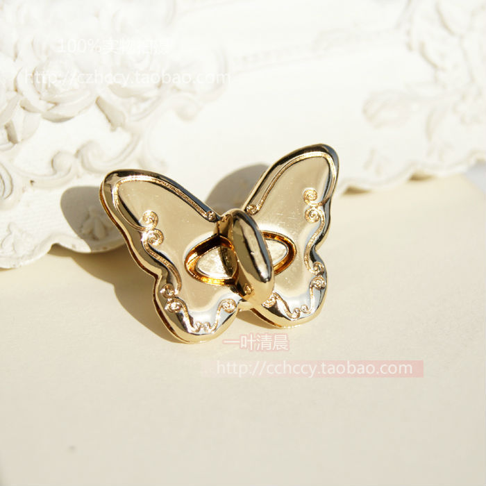 DIY bag hardware accessories, 3.5CM * 2.5CM Embossing Butterfly Small lock Hasp Buckle Clasp locking lock catch(China (Mainland))