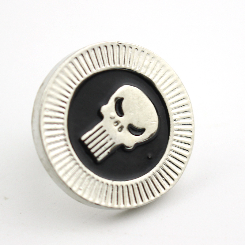 Hot Sales Of Film Design Style Of Gothic Punk Al Simmons Spawning Enamel Brooch Pin Skulls Silver Brooch Pins Gift(China (Mainland))
