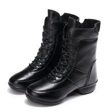 EOFK Giày Bốt Nữ Da Mùa Đông Giày Người Phụ Nữ Trung Bê Nữ Phối Ren Thời Trang Giày Bốt nữ Sang Trọng Ngắn Ấm Nữ giày(China)