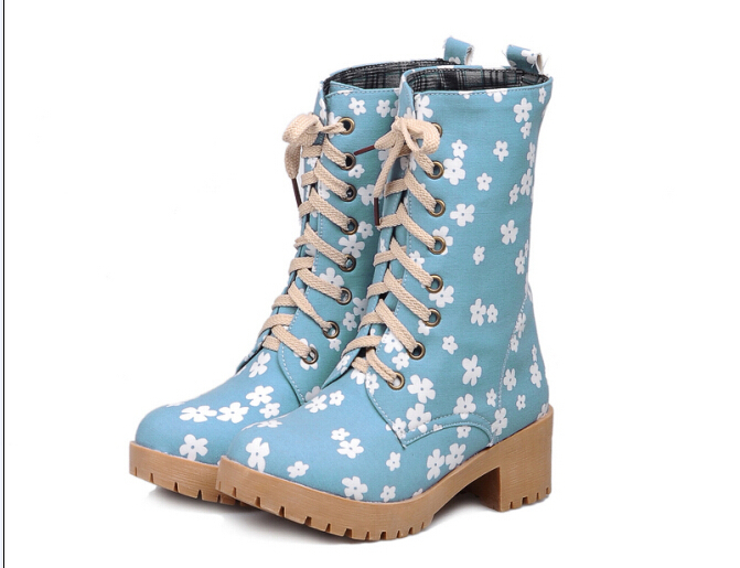 2014 Newly European Autumn Boots Printed Flower Canvas Lace Up Short Women Boots Light Blue,Deep Blue(China (Mainland))