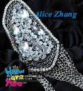 Free shipping~Wholesale Fashion Bracelet~ Michael Jackson flashes diamond tassel chain with paragraph brooch badge badges~001