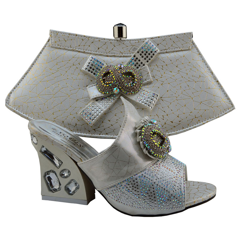 African Shoes Perfect Matching With Handbag,Fashion Italian Lady Shoes And Bag Sets For Party.GF49 Silver Color Size 38-42<br><br>Aliexpress