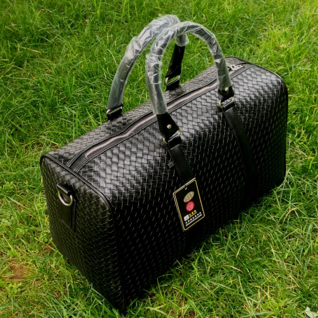 2014 Fashion Men Travel bag Large Capacity Leather Duffel Bag Male Portable Luggage Travel Backpack Sports bags Women