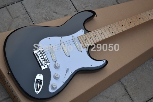 free shipping Top quality - HOT SALE black st Eric Clapton Signature Maple fingerboard electric guitar 719 stratocaster(China (Mainland))