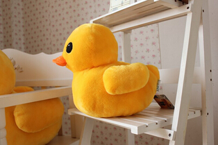 Free Shipping 70cm New Arrival Stuffed Dolls Rubber Duck Hongkong Big Yellow Duck Plush Toys Hot Sale Best Gift(China (Mainland))