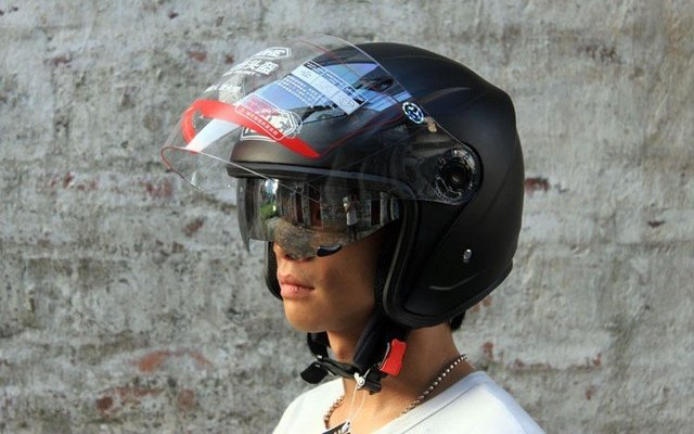 Freeshipping BCM001# BEON B-500 Classic Full Face Helmet Winter Helmet Racing Helmet International Version Motorcycle HelmetsN27