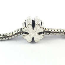 Free Shipping Silver Plated Bead Charm Four-Leaf Clover European Beads Fits pandora Bracelets Necklaces DIY Jewelry  B00159