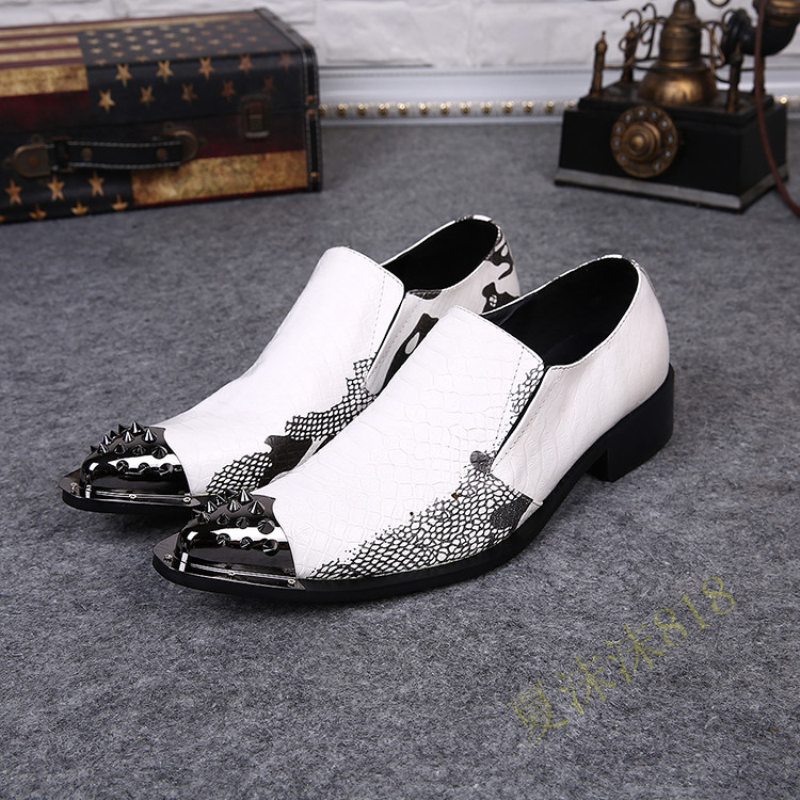 New Arrival 2015 Genuine Leather Rivet Metal Head Pointed Toe Shoes Men Sexy Fashion Evening Party Wedding Shoes Plus Size 38-46<br><br>Aliexpress