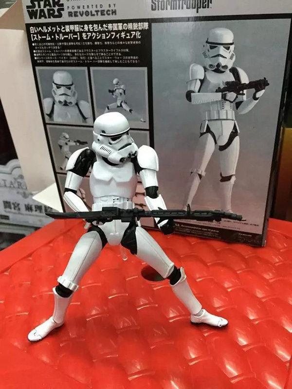 Фигурка героя мультфильма Toys Daddy 16 Revo Revoltech Brinquedos Xmas 16cm Star Wars Revo Revoltech Stormtrooper PVC Action Figure lithium battery 3 7v 1200mah lithium ion polymer battery of environmental protection